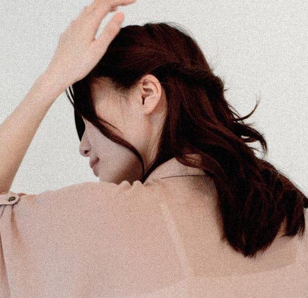 その頭痛、目の疲れ・肩こりが原因かも⁉︎1日中PC作業をする人がなりやすい頭痛とは。